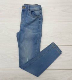 LCW Ladies Jeans (BLUE) (34 to 42 EUR)